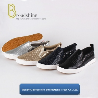 Good Quality Slip-on Women Shoes with Stone Pattern PU Upper