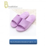 Low Price Flip Flop Bathroom Slipper with New Raw Material