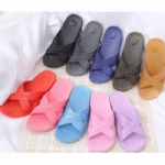 Low Price Flip Flop Plastic Shower Slipper Beach Slipper with New Raw Material