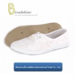 Comfort Women Shoe with Embroidery Upper (ES9018)